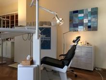 Zahnärztlicher Untersuchungsstuhl